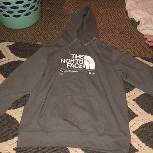 Men's Size LARGE North Face hoodie